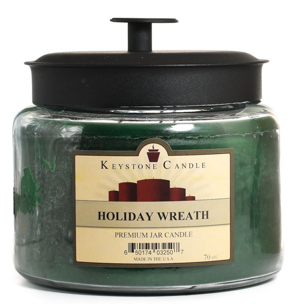 64 oz Montana Jar Candles Holiday Wreath